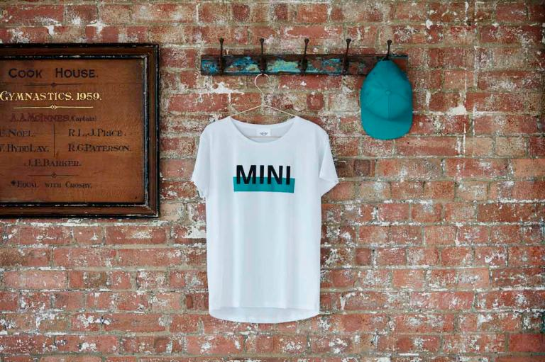 MINI T-SHIRT WOMEN´S WORDMARK COLOUR BLOCK WEIß/AQUA - MINI CAP SIGNET, MINI LIFESTYLE COLLECTION